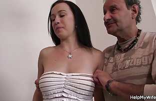 Ein Mann, gefangen mit eine Brünette, die pornomovie kostenlos masturbiert, und schnappte Ihren