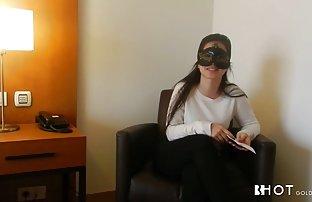 Die gratis sex und pornofilme Blondine versucht Er das Höschen und die starke läuft in einen Mann