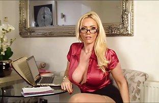 Solo, Niedlich Blondine britisch in sexvideos kostenlos ansehen einem knappen latex-outfit