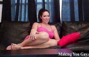 Red-haired Chick spreads Beine domina für video sex kostenlos Geld