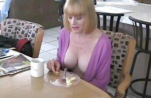 Luxuriöse Blondine wird gefickt abspritzen in umsonst sex filme einem Punkt von