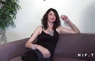 Ein sitty Frau geschickt springt doppelpenetration von kostenlose pornis den verdammten ein junger Kerl