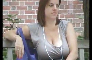 Die Schlampe im kurzen Rock pornos kostenlos sehen gefickt von einem Mädchen mit einem starken Schwanz