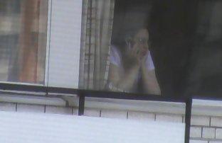 Küken in der weißen Unterwäsche, voyeur nackt kostenlos ponos sehen vor der Kamera