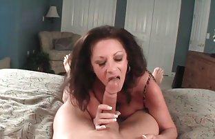 Der Kerl gefickt seinen besten Freund besuchen, wenn seine Mutter ging freie sexvidio in den laden.